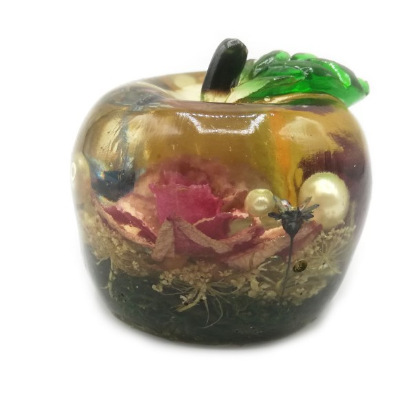 resin-paperweight-decor-apple-roses-pw-29-1
